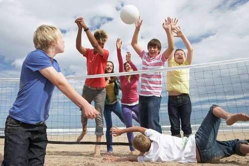 Ballspill - vi har volleyball, basketball og fotball- bil med da vel