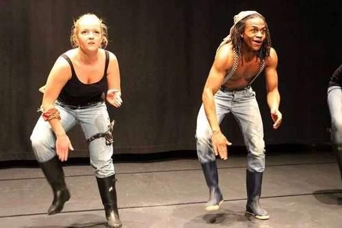 Afrikansk dans for 8-18 år. Gratis! Lær Marrabenta og Gum boots i sommer :)