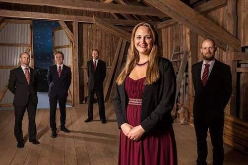 Gratis julekonsert: Christina Grefsrud-Halvorsen med band