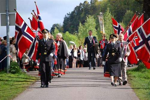17. mai program Holmestrand 2016