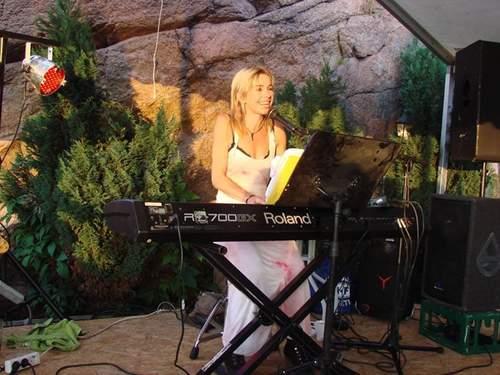 Pianobar med Irene Bjaanes