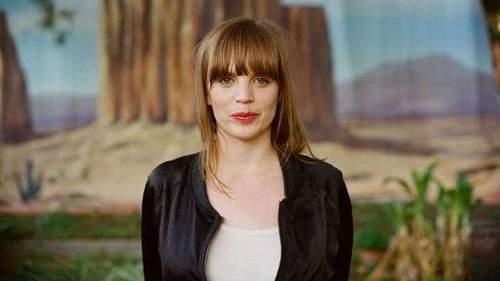 Ingrid Olava