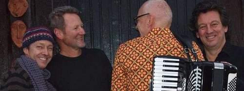 Klakegg-brødre med Knerten og Jon Rosslund