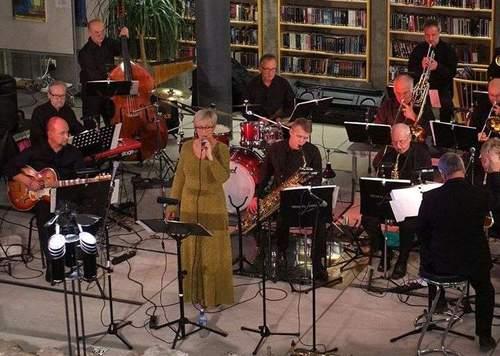 Tønsberg Storband. Jul også i storbandformat - en tradisjon