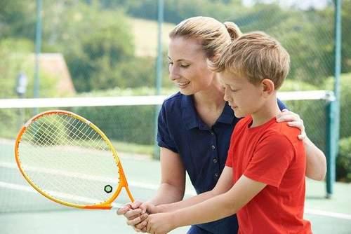 Spill Tennis! Sommer for barn og unge