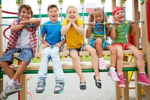 Aktivitetsdag på idrettsanleggene og skolen - Bli kjent før skolestart